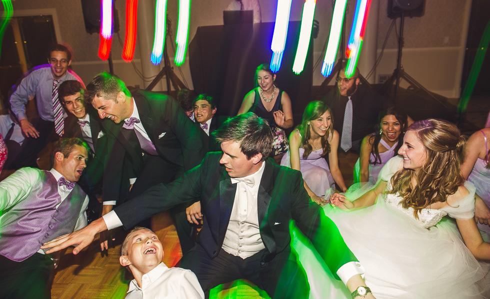 catherine-branden-wedding-happydaymedia-facebook-12