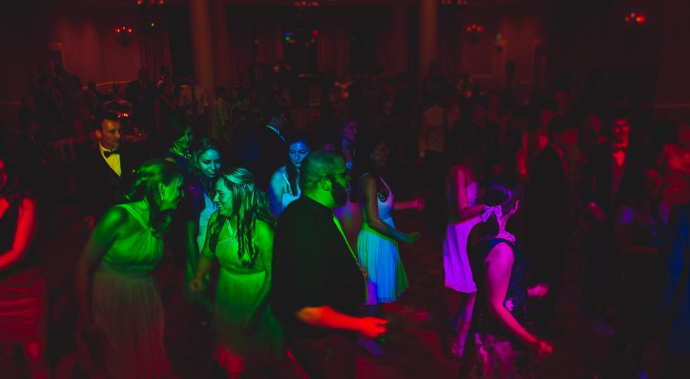 catherine-branden-wedding-happydaymedia-facebook-13