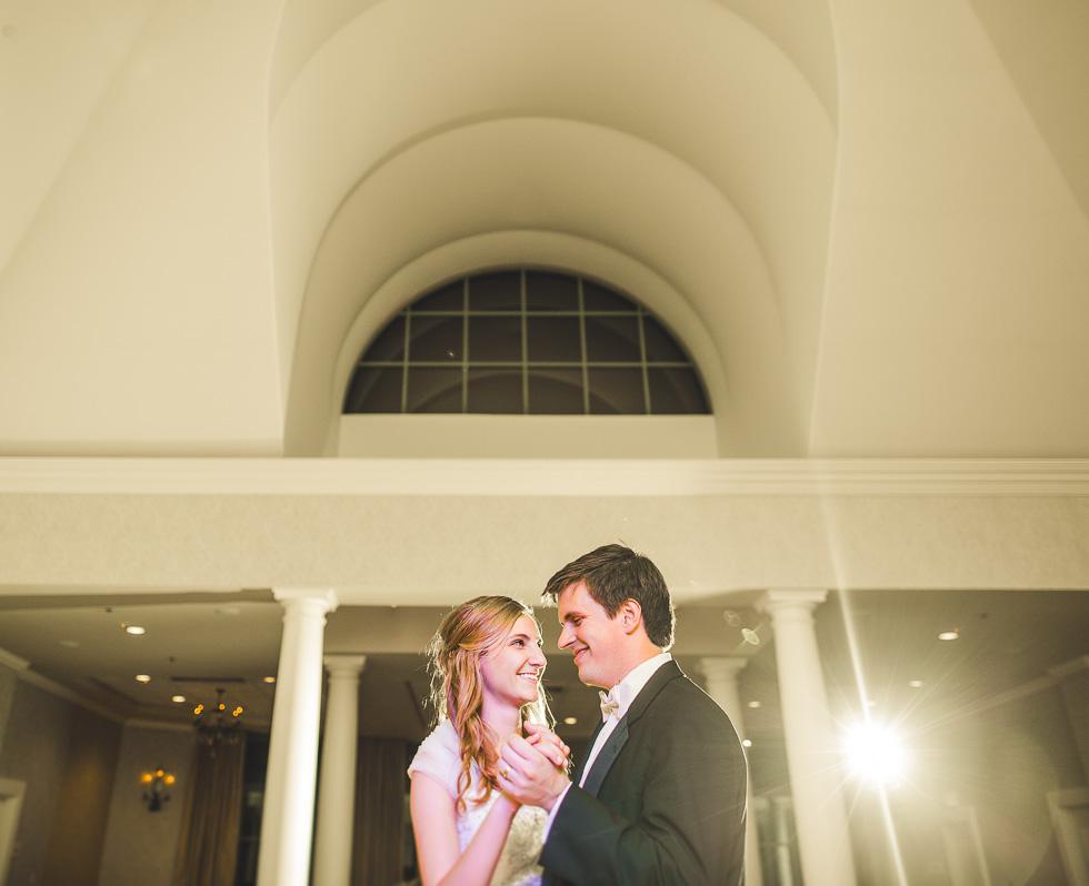 catherine-branden-wedding-happydaymedia-facebook-17