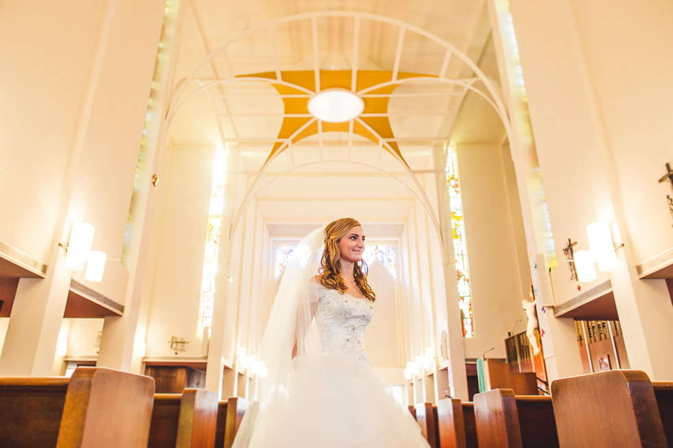 catherine-branden-wedding-happydaymedia-facebook-2