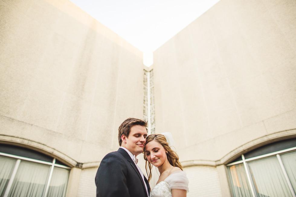catherine-branden-wedding-happydaymedia-facebook-9
