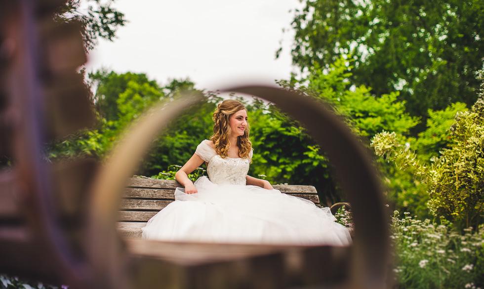 catherine-bridals-happydaymedia-facebook-12