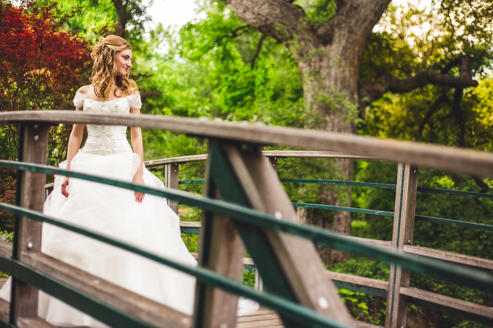 catherine-bridals-happydaymedia-facebook-3