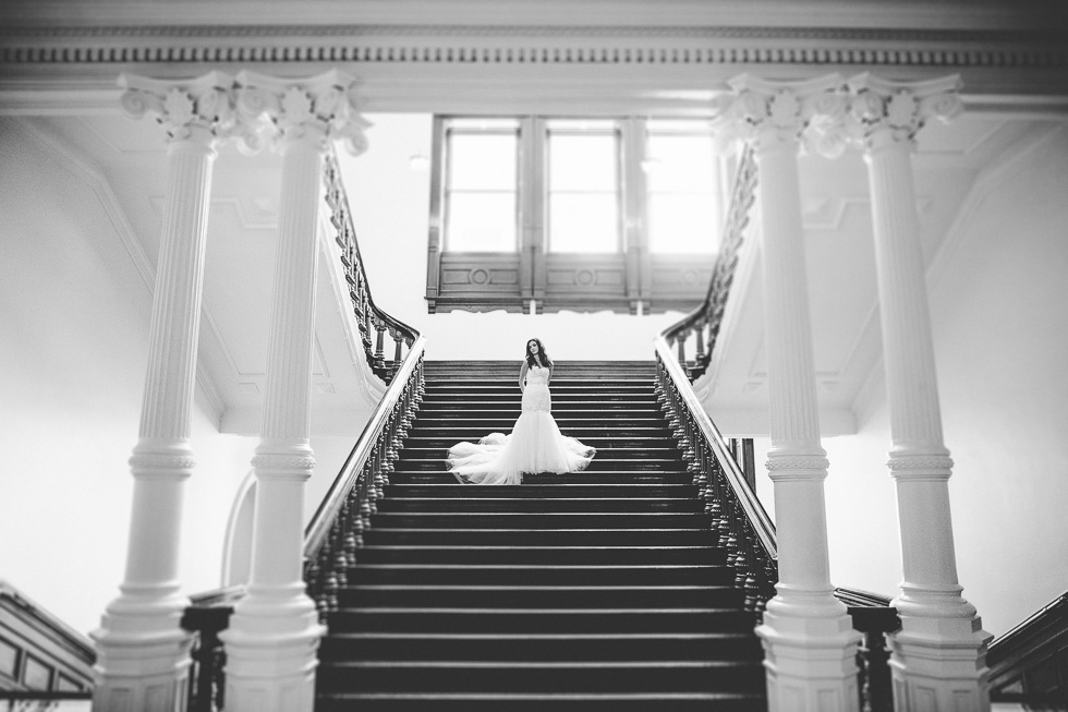 15-austin-captiol-building-bridal-photo