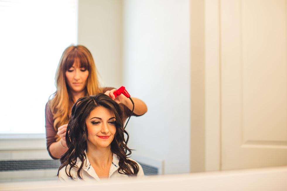 2-bride-getting-hair-done