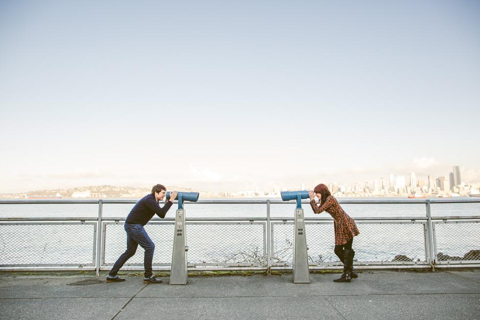 4-alki-beach-park-engagement-photos