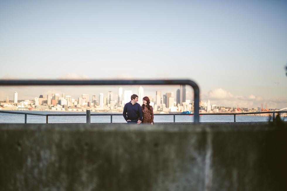 7-alki-beach-park-engagement-photos