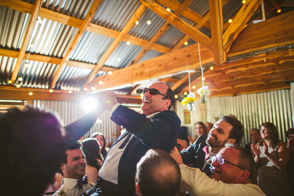 14-father-of-bride-hora-chair-dance