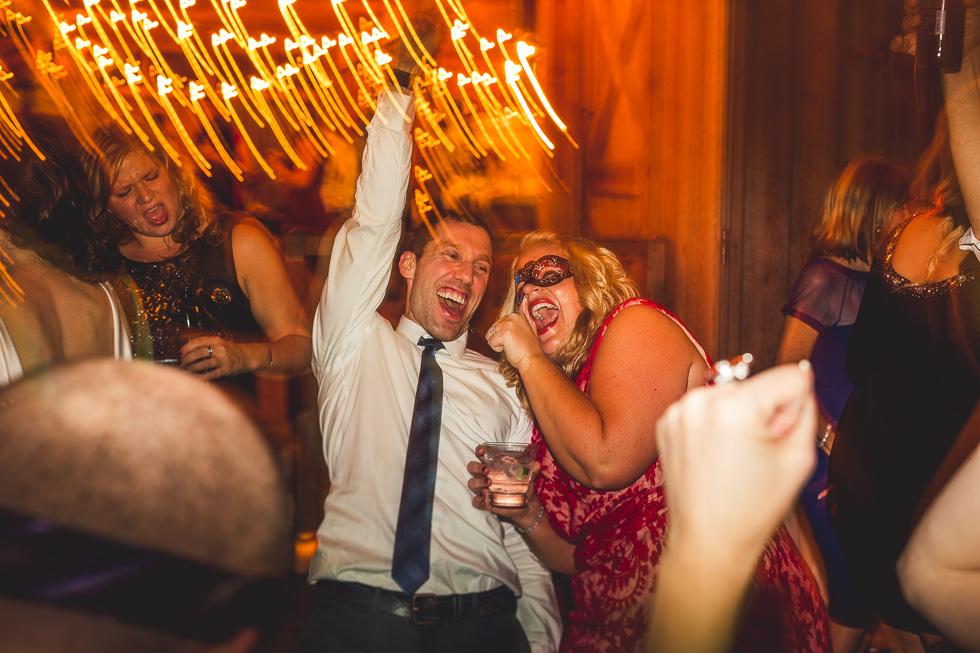 18-britt-nick-wedding-happydaymedia