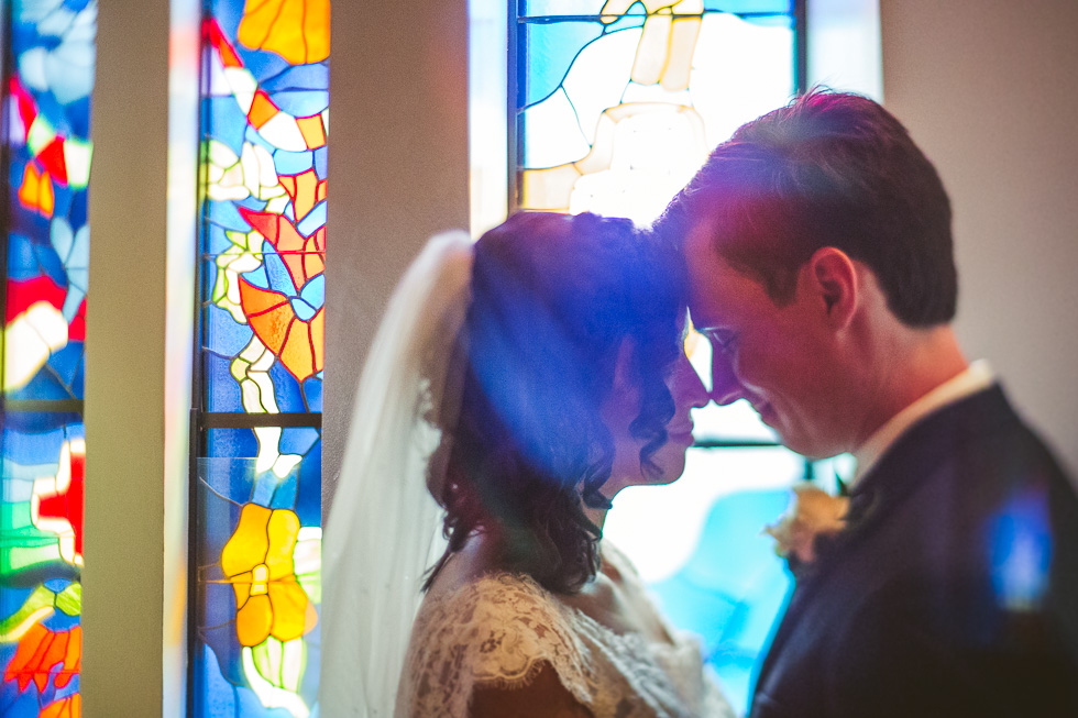 10-st-theresa-catholic-church-wedding-stained-glass-sugar-land-houston-photographer-andyandcarriephoto