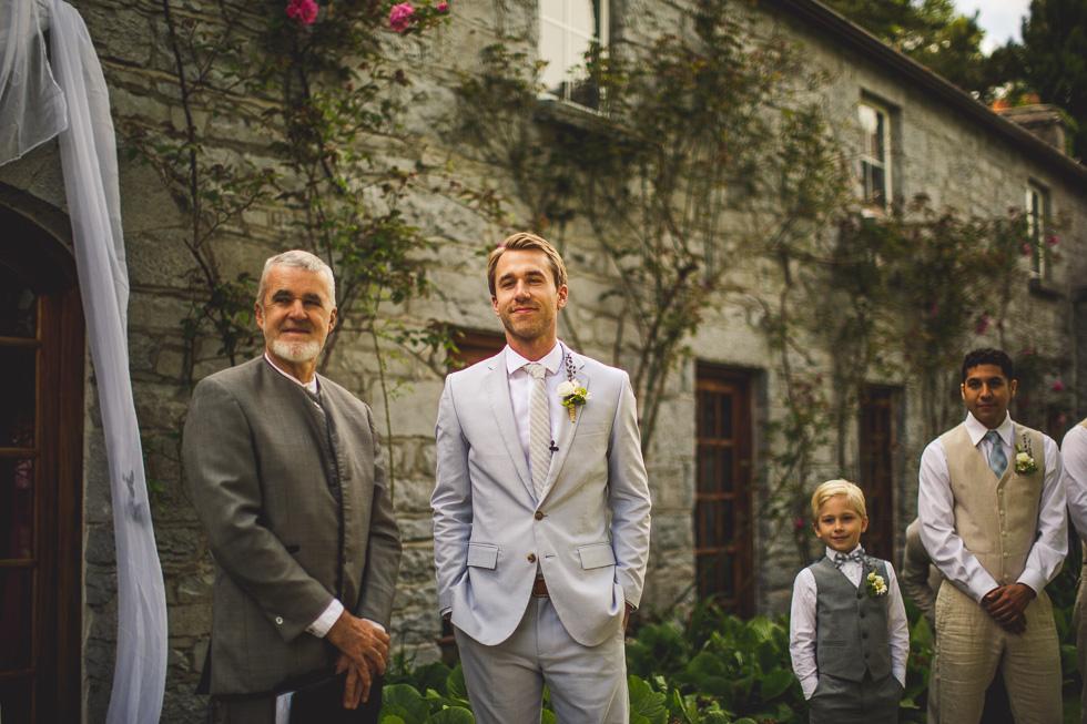 11-destination-wedding-galway-ireland-ross-castle-groom-ceremony-first-look-andyandcarriephoto