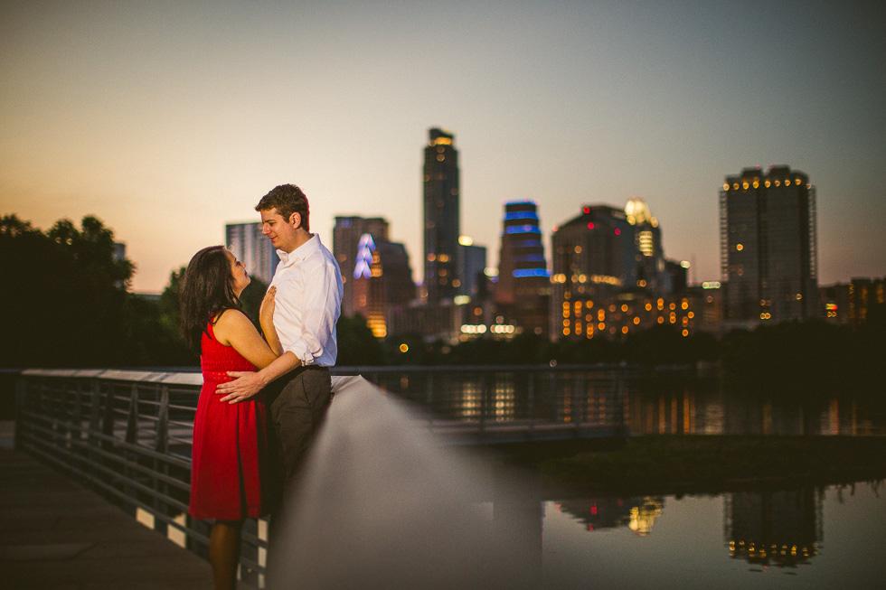 15-lady-bird-lake-boardwalk-downtown-skyline-view-engagement-photographer