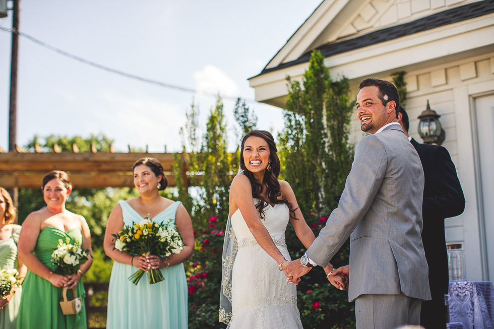 2-antebellum-oaks-austin-spring-wedding-ceremony-photographer-andyandcarriephoto