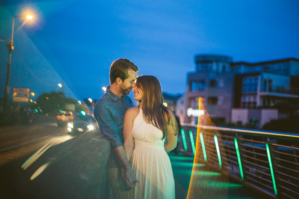 34-destination-wedding-week-photos-engaged-couple-galway-ireland-andyandcarriephoto