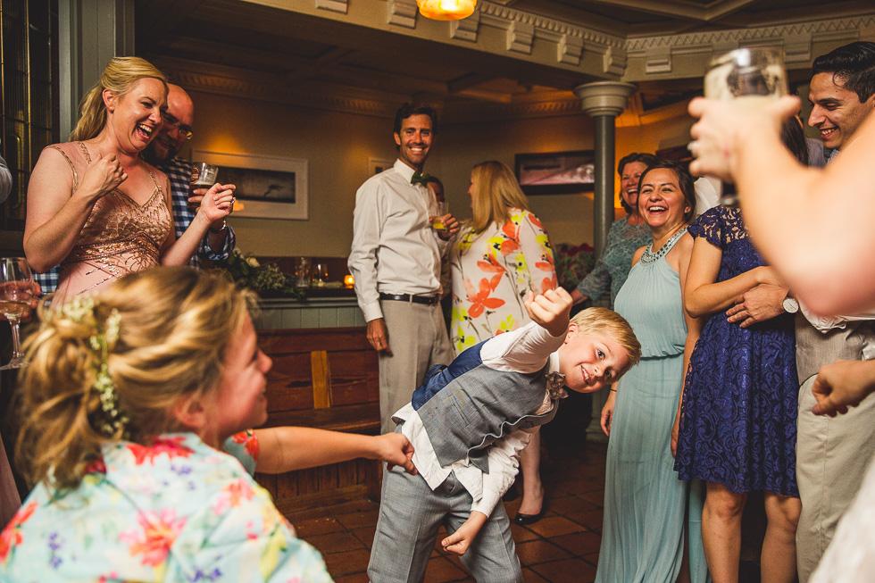 35-destination-wedding-galway-ireland-reception-mcswiggans-restaurant-pub-dancing-andyandcarriephoto