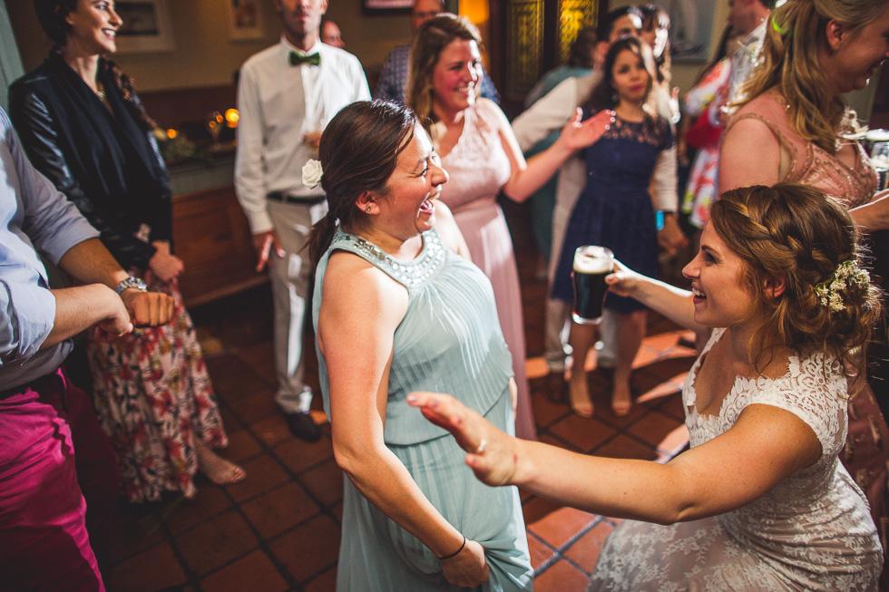 38-destination-wedding-galway-ireland-reception-mcswiggans-restaurant-bar-andyandcarriephoto