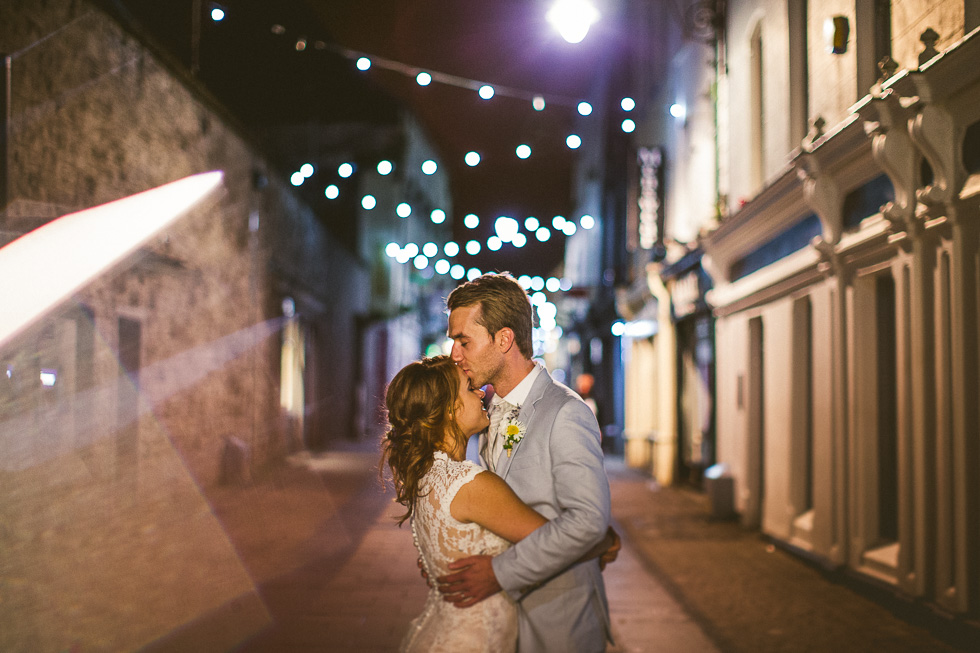 43-destination-wedding-galway-ireland-pub-streets-bride-groom-andyandcarriephoto