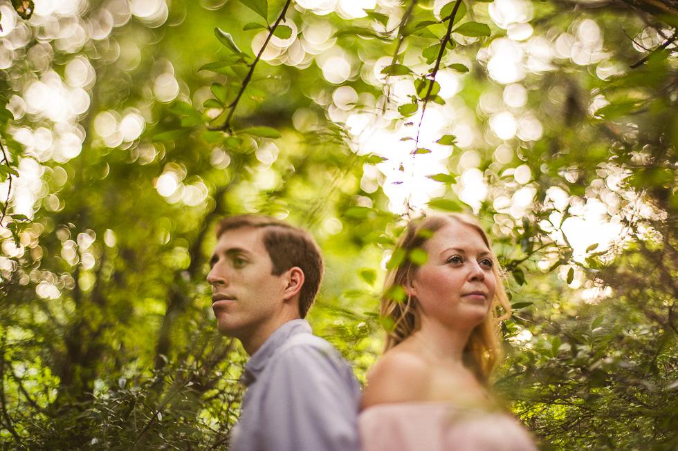 5-red-bud-isle-austin-engagement-photographer-couple-trees-photos