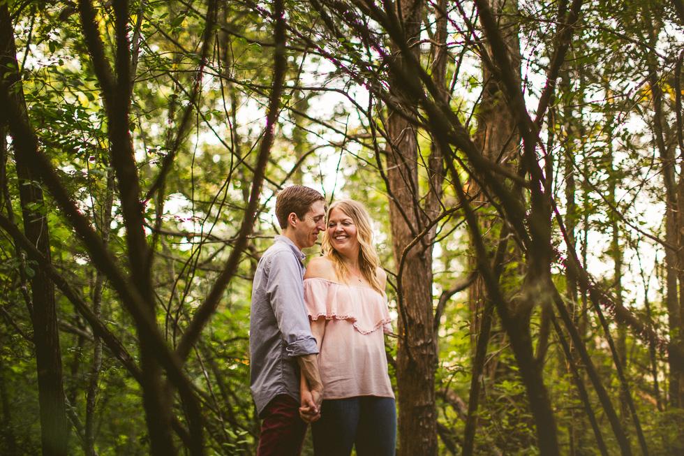 6-red-bud-isle-austin-engagement-photographer-couple-trees-photo