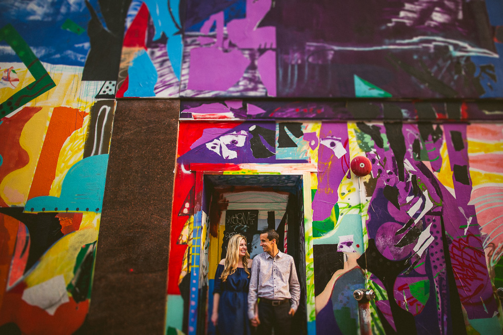 7-downtown-austin-engagement-photographer-colorful-mural