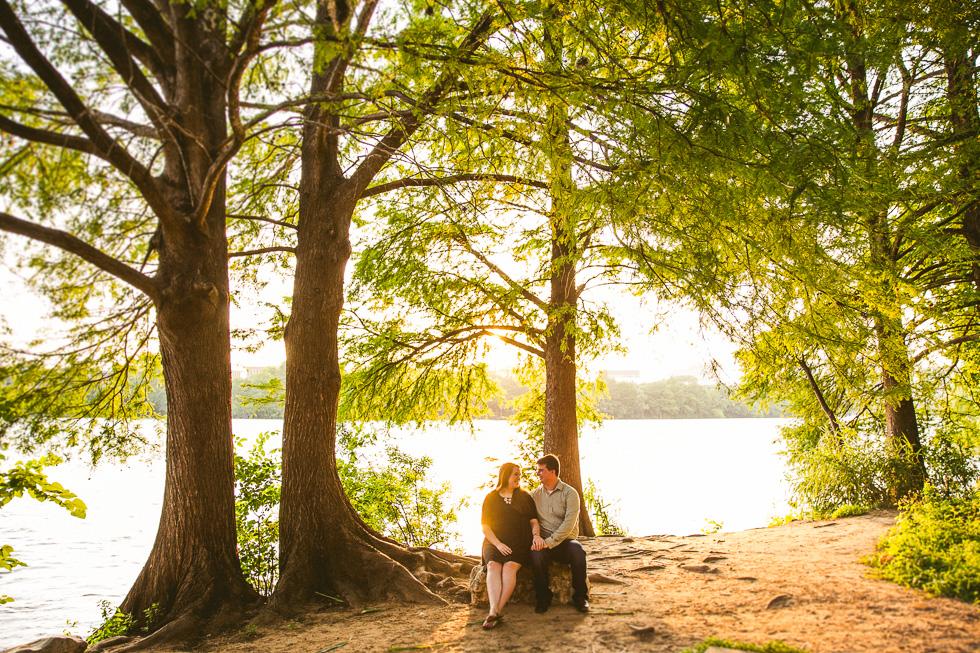8-austin-engagement-photographer-trail-lady-bird-lake