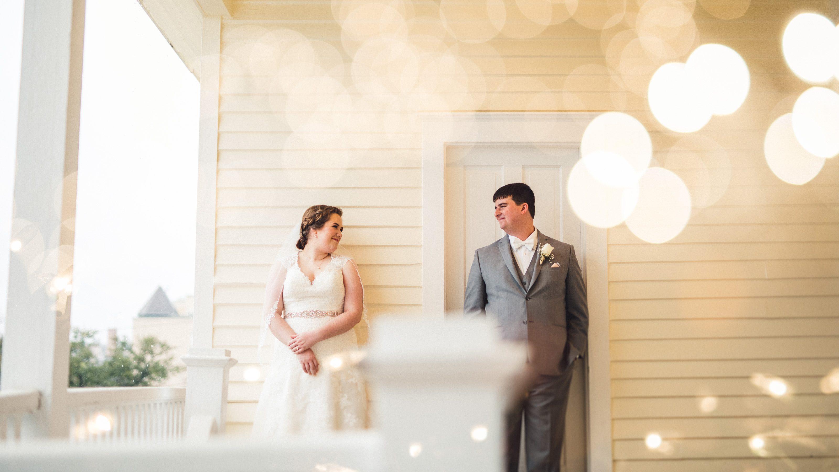 Spring Wedding at The Allan House // Leeann + Tom